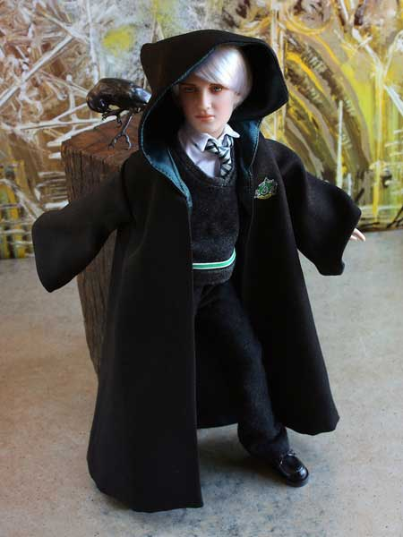 Slytherin Robe For 12 Inch Tonner Dolls