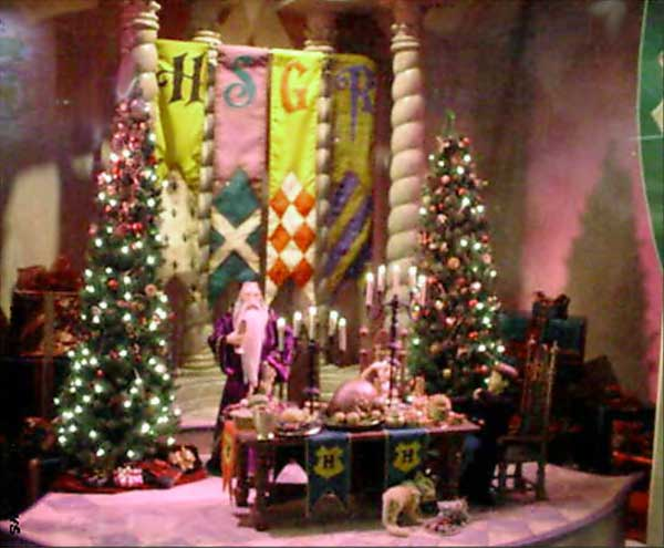 Marshall Field's Harry Potter Display 10 - Christmas in the Great Hall