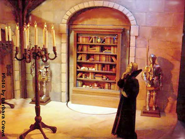 Marshall Field's Harry Potter Display 14 - Hiding From Snape