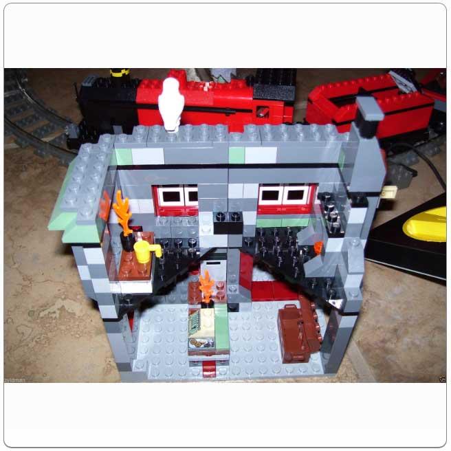 LEGO® Set 10132 – Motorized Hogwarts Express