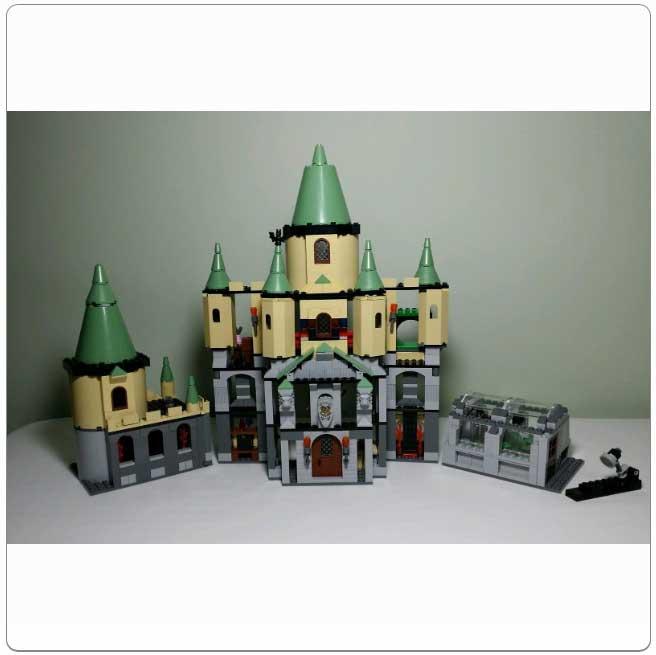 LEGO® Set 5378 – Hogwarts Castle (3rd Edition)