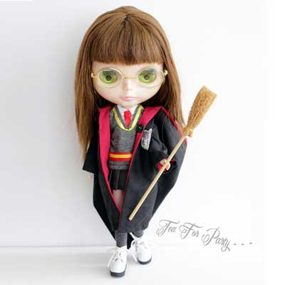 Wizarding clothes for Blythe dolls